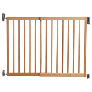 Munchkin Push to Close Wood Gate