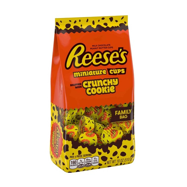 Reese's Cookie Mini Cup Family Bag product image